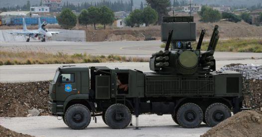 La Russia potrebbe distruggere la difesa aerea israeliana per i suoi attacchi alla Siria