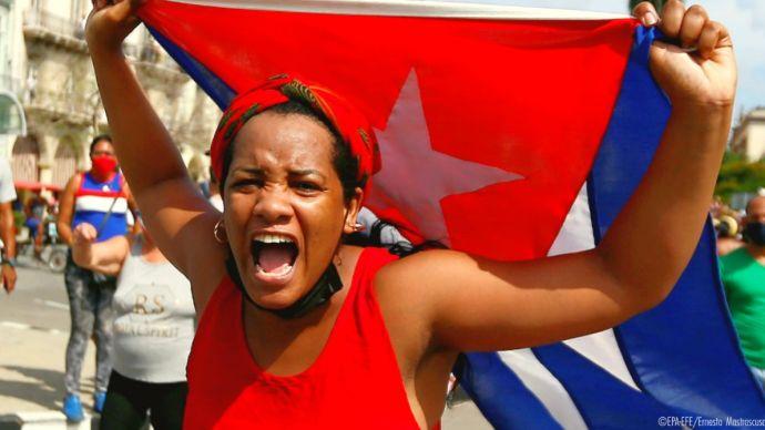 Saviano, Yoani Sánchez e le fake news come strategia contro Cuba