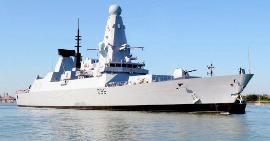 Cacciatorpediniere britannico e bombe russe. Cosa è successo nel Mar Nero?