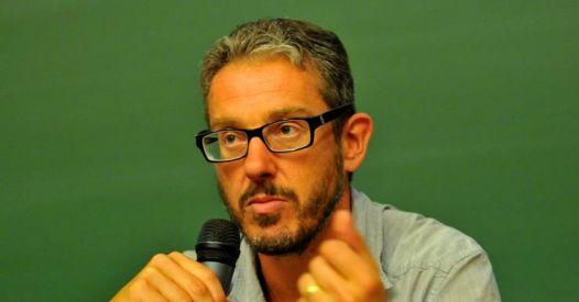 """Laurent Mucchielli (direttore CNRS): """"I dati smentiscono il miracolo vaccinale dipinto dai media"""""""