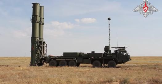 """Russia, schierato il primo lotto del sistema S-500 """"F-35 killer"""""""