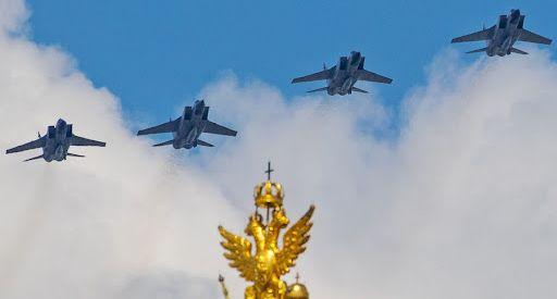 Russia, i radar hanno tracciato 50 aerei spia e droni stranieri presso i confini in una settimana